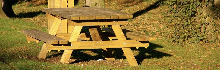 627 160 Aménagement en bois dextérieur